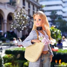 Love picking up fresh flowers at the farmer's market, what's your favorite bloom?  #barbie #barbiestyle