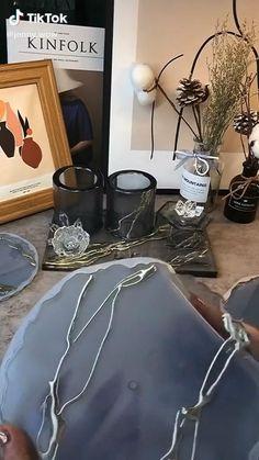 Epoxy Resin Art, Diy Resin Art, Diy Resin Crafts, Diy Crafts Hacks, Diy Home Crafts, Diy Arts And Crafts, Creative Crafts, Diy Resin Projects, Resin Tutorial
