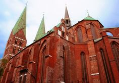 The most representative gothic brick style in Lübeck: st Mary church. This extraordinary church was build between 1250 and 1350 by the powerful merchants of the city.