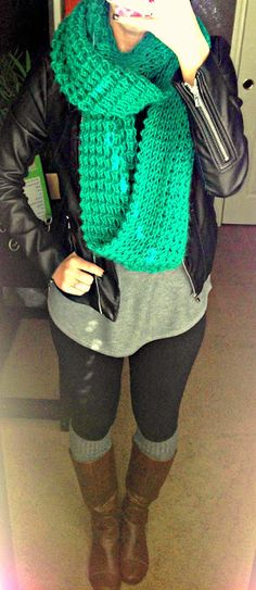This is definitely a chic combo, leather jacket & boots with a pop of color. Definitely a #FallFashion must-have look!