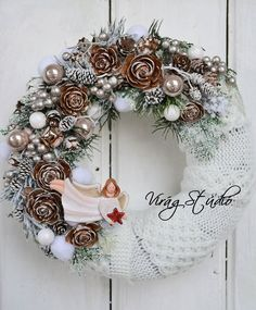 Christmas 2019, Christmas Wreaths, Christmas Crafts, Christmas Decorations, Xmas, Christmas Ornaments, Holiday Decor, Year Round Wreath, Diy And Crafts