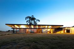 Brent Knoll House, Melbourne, Victoria, Australia by March Studio.