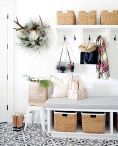Белый интерьер дома блоггера | Пуфик - блог о дизайне интерьера