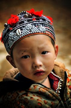 53 ideas asian children photography mother and child Kids Around The World, People Around The World, Little People, Little Ones, Beautiful Children, Beautiful Babies, Bless The Child, Asian Kids, Kids Fashion Boy