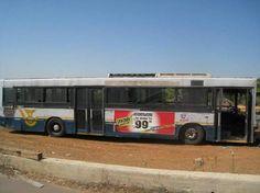 Come ti trasformo l'autobus in una casa mobile (foto)