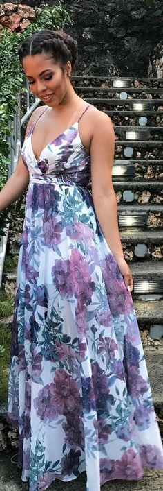 I really need this dress! https://tmblr.co/ZRlNZd2NbZSTt