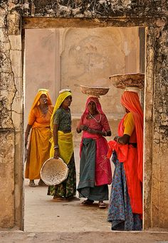Muslim Women, Colors of India