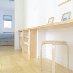 suekkoさんの、フォトフレーム,ミニマリスト,シンプル,ナチュラル,北欧,木,IKEA,机,のお部屋写真