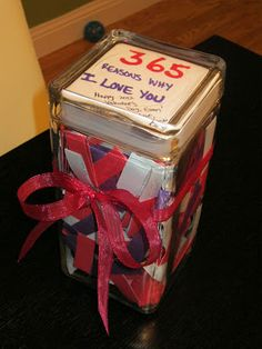 I LOVE LOVE LOVE this idea - Could be used for any holiday - 365 Reasons Why I Love You