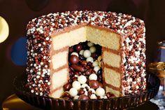 Chocolate pinata party cake main image