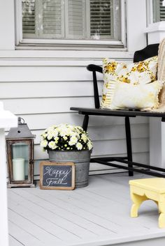 Find me at http://loveofhome.net : Fall Porch.