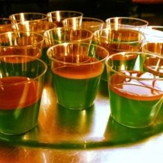 Caramel apple Jell-O shots: 1 cup of apple cider 1 Knox packet Heat and stir untill dissolved. Remove from heat and completely cool. Then add: cup of apple pucker 3 drops of green food dye Pour…More Party Drinks, Fun Drinks, Yummy Drinks, Alcoholic Drinks, Mixed Drinks, Drinks Alcohol, Alcohol Shots, Cocktail Drinks, Cocktail Recipes
