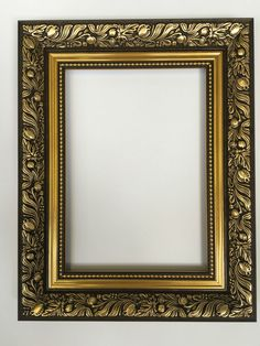 gold gilt wooden picture frame x 2 New Photo Frame, Foto Frame, Photo Frame Design, Picture Design, Antique Photo Frames, Wooden Picture Frames, Vintage Frames, Mirror Photo Frames, Baroque