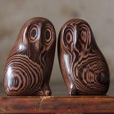 wenge_owls carving
