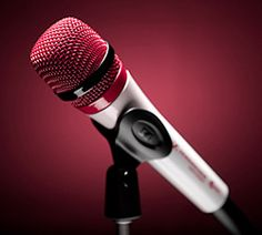Pink and White Microphone......Oh Yes, finally the engineers know what 'voicy women' like!