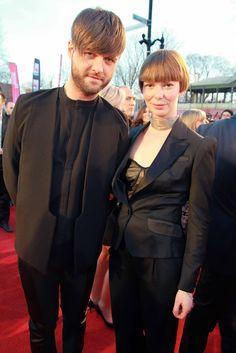 Pierre Lapointe en Rad Hourani et Mélanie Brison en CIN Tailleurs | Gala Artis 2013 #modeMtl