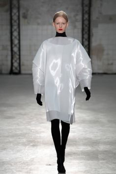 Sculptural Fashion - minimalist dress; experimental fashion design // Jef Montes