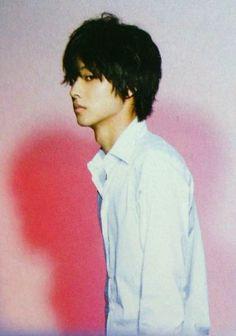 Kento Yamazaki Kento Yamazaki Death Note, L Anime, Death Note L, Itsu, Kubota, Asian Hair, Japanese Men, Neon Genesis Evangelion, S Stories