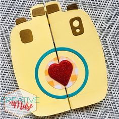 #greetingcards #handmadecards  #diecutcards #cameradiecut #diy #diycards #diycrafts #artsandcrafts Photography Themes, Cute Photography, Glitter Hearts, Red Glitter, Perfect Camera, Die Cut Machines, Die Cut Cards, Brown Paper