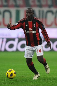 Rodney Strasser' (born 30 March 1990) is a Sierra Leonean professional footballer who plays as midfielder for Serie A club Milan.  Strasser made his international debut for the Sierra Leonean national team on 5 September 2010, in a 2012 Africa Cup of Nations qualification game against Egypt.