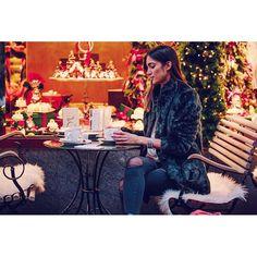 Lichterketten und Glühwein 💫💫💫 #miaandthemouse #weichbschten #glühwein #lichterkette #lifestyleblogger #lifestyleblog #lifestyle #fashion #fashionblogger #fashionblog #swissfashion #swissfashionblog #swissfashionblogger #blog #blogger #beauty #makeup #blogger_ch #schmuck #weihnachtsmarkt