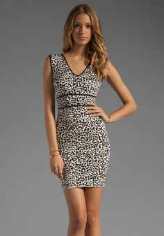 BCBGMAXAZRIA Printed Tank Dress in Gardenia Combo