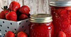 Strawberry jam with cinnamon Making Strawberry Jam, Strawberry Syrup, Strawberry Banana, Agar, Lemon Meringue Tart, Banana Jam, Bio Vegan, Jam And Jelly, Home Canning