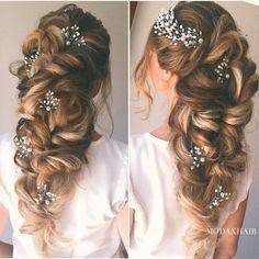 Her hair @modaxhair