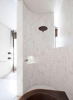 Bath cabins - Home Fashion Trend Australian Interior Design, Interior Design Awards, Bathroom Interior Design, Diy Rustic Decor, Vintage Home Decor, Australia House, Minimal Bathroom, Best Bathroom Vanities, Bathroom Toilets