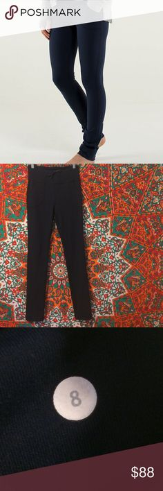 Lululemon Skinny Will Pant Lightly used navy Lululemon skinny will pant. Very stretchy and comfortable, has drawstring waist and a waistband that can be folded over. lululemon athletica Pants Leggings