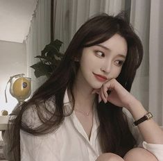 Uploaded by 노을 ☾. Find images and videos about girl, korean and ulzzang on We Heart It - the app to get lost in what you love. Korean Beauty Girls, Pretty Korean Girls, Cute Korean Girl, Pretty Asian, Cute Asian Girls, Asian Beauty, Ulzzang Girl Fashion, Korean Girl Fashion, Woman Fashion