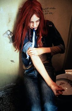 Natja Brunckhorst in Christiane F. Directed by Uli Edel, movie released in Cult Movies, Top Movies, Death Aesthetic, 90s Aesthetic, Zoo Station, Betty Ford, The Stranger Movie, Peter And Wendy, High School Fashion