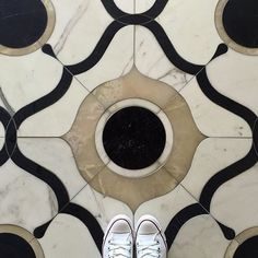 @newravenna's Wesley Petite #mosaic as seen on their campus' lobby #floor. Shown here in White #Onyx Calacatta and Nero Marquina Wesley Petite is a #waterjet mosaic from the Aurora Collection by Sara Baldwin for New Ravenna. Thanks to @karineish for tagging us!  #NewRavenna #tileaddiction #lobby #marble #calacatta #luxe #luxurytiles #converse #ihavethisthingwithfloors #ihavethisthingwithtiles #tileometry #tilelove #tiledesign #handcrafted #artisan #design #flooring #stone #tilework…