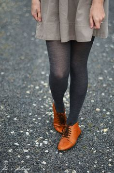 brown oxfords with grey tights, lovely Fall Winter Outfits, Autumn Winter Fashion, Fall Fashion, Pretty Outfits, Cute Outfits, Fashion Outfits, Womens Fashion, Fashion Shoes, Facon