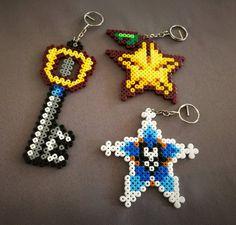 Items similar to Kingdom Hearts keychains [Keyblade / Paopu fruit / Wayfinder-Aqua] on Etsy Diy Perler Beads, Perler Bead Art, Pearler Beads, Pearler Bead Patterns, Perler Patterns, Fuse Beads, Clay Beads, Iron Beads, Kingdom Hearts