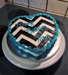 Black and white chevron cake :)