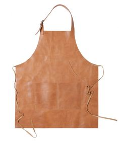 Moore & Giles makes leather aprons that, duh, get even better with age (and some cooking spills). Diy Leather Apron, Industrial Workwear, Clothes Words, Shop Apron, Work Aprons, Aprons For Men, Leather Projects, Leather Tooling, Needle And Thread
