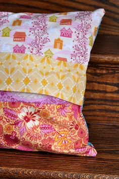 folksy flannel pillowcases