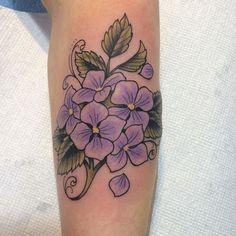 Fine line fever.  #hydrangeatattoo#traditionaltattoo #tattoo #floraltattoo#fineline