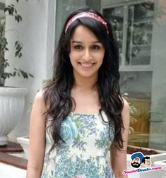 Shraddha Kapoor wallpaper for desktop 7 – A Celebrity Mag Bollywood Photos, Bollywood Stars, Prettiest Actresses, Beautiful Actresses, Indian Celebrities, Bollywood Celebrities, Allu Arjun Hairstyle, Shraddha Kapoor Cute, Sraddha Kapoor