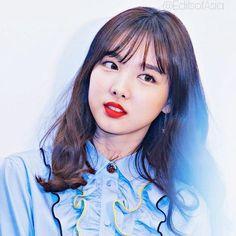 Twice - Nayeon (나연 두번)さんはInstagramを利用しています:「Perfect faceThat face I dream _ #nayeon #jeongyeon #momo #sana #jihyo #mina #dahyun #chaeyoung #tzuyu #twice #likey #heartshaker…」