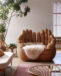 Urban Outfitters Home ( Decoration Design, Decoration Table, Decor Diy, Decor Ideas, Room Ideas, Home Furniture, Furniture Design, Urban Furniture, Unusual Furniture