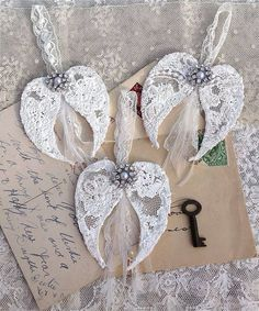 """an angel gets her wings. I always loved that line from """"It's a Wonderful Life,"""" although the actual line is """"his wings,"""" rather than . Angel Crafts, Christmas Projects, Holiday Crafts, Christmas Angels, Vintage Christmas, Christmas Wishes, Diy Angels, Navidad Diy, Shabby Chic Crafts"""