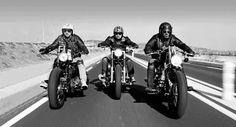 Motos y blanco y negro