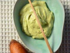 Η ξηρή επιδερμίδα σου θα λατρέψει αυτή τη σπιτική μάσκα προσώπου με το αγαπημένο αβοκάντο! Μάσκα προσώπου με αβοκάντο: H top σπιτική συνταγή για ξηρό δέρμα! Σίγουρα θα γνωρίζεις για τις ιδιότητες του Guacamole, Beauty Hacks, Beauty Tips, Ethnic Recipes, Listerine, Food, Beauty Tricks, Essen, Meals