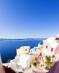 With all this shades of blue, #Santorini is the real paradise. No doubts about it. #Greece