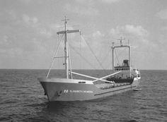 ELISABETH HOLWERDA Bouwjaar 1975, imonummer 7420936, grt 945 Eigenaar H. & P. Holwerda, Heerenveen  http://vervlogentijden.blogspot.nl/search?q=7420936+willem