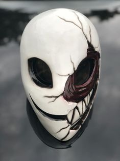 This alien smile mask fit to all most people Perfect for halloween or cosplay This is adult size and fit to all headsize made from fiberglass this fan made and not affiliate with DC Comics Character Inspiration, Character Art, Character Design, Armor Concept, Concept Art, Dark Fantasy, Fantasy Art, Mascaras Halloween, Armadura Cosplay