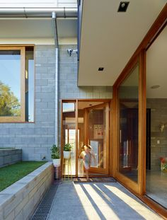 #wood. The Terraced House by Shaun Lockyer Architects.