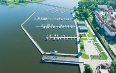 Marinetek - Marinetek is one of the world's leading manufacturers of marinas and floating solutions. Marinetek Group works with 22 companies and operates in 40 countries. Floating House, It Works, Country, World, Water, Projects, Group, Gripe Water, Log Projects